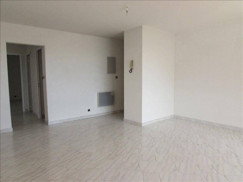 Sale apartment Beziers 140 000€ - Picture 2