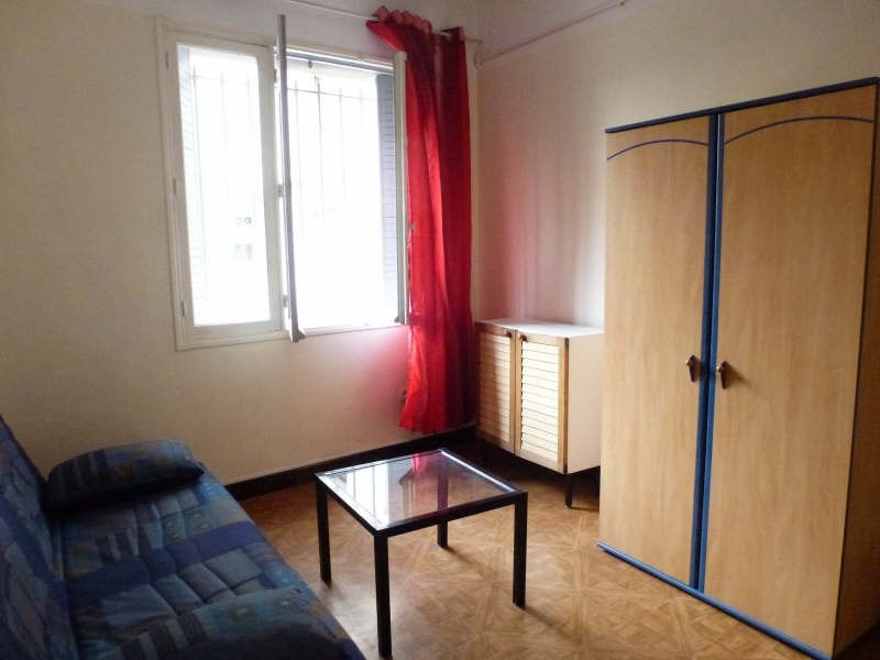 Location appartement Marseille 8ème 360€ CC - Photo 2