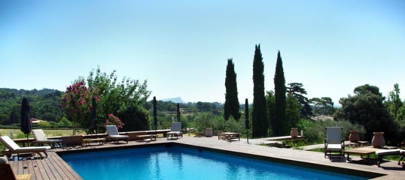 Location maison / villa Aix en provence 4660€ CC - Photo 2