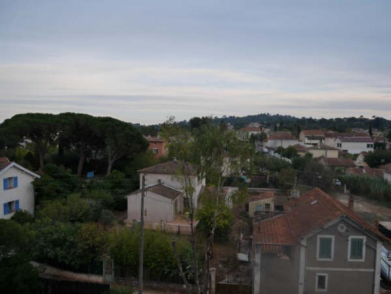 Vente appartement Toulon 215000€ - Photo 2