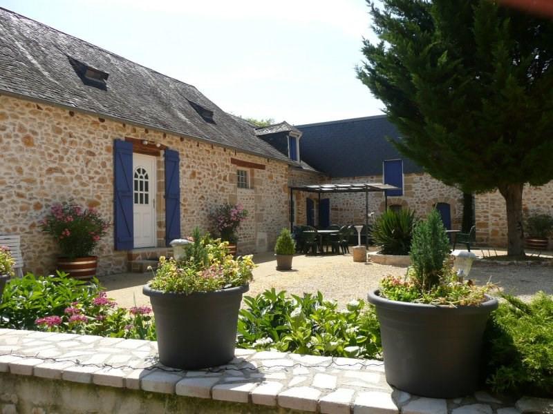 Sale house / villa Terrasson lavilledieu 355000€ - Picture 1