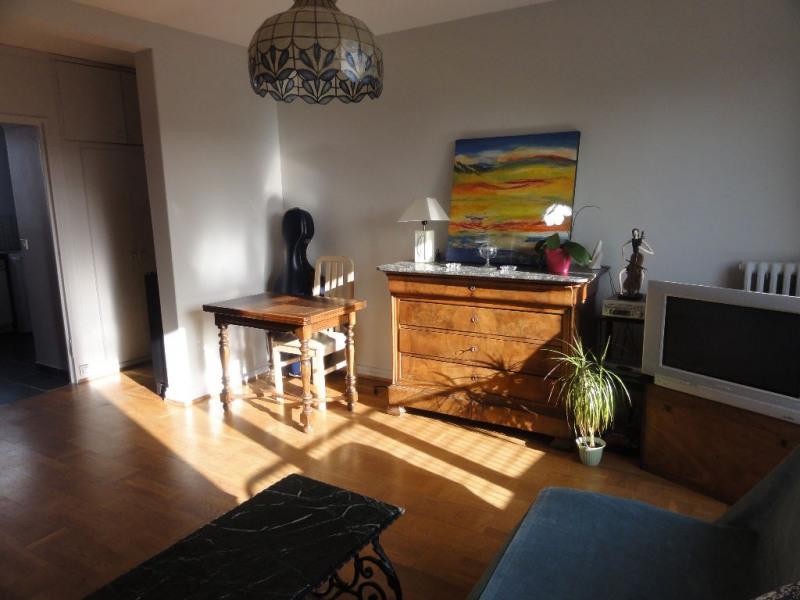 Sale apartment Chatou 219000€ - Picture 2