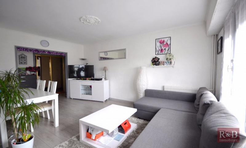 Sale apartment Plaisir 172500€ - Picture 2