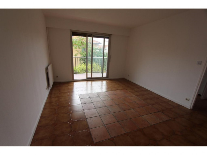 Location appartement Nice 925€ CC - Photo 1