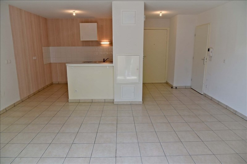 Location appartement Collonges 573€ CC - Photo 5
