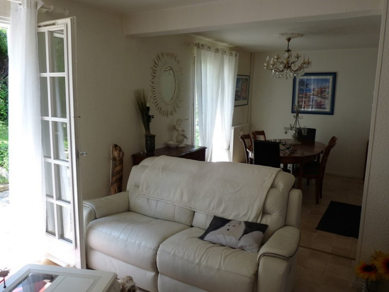 Venta  casa Chambon-feugerolles (le) 210000€ - Fotografía 3