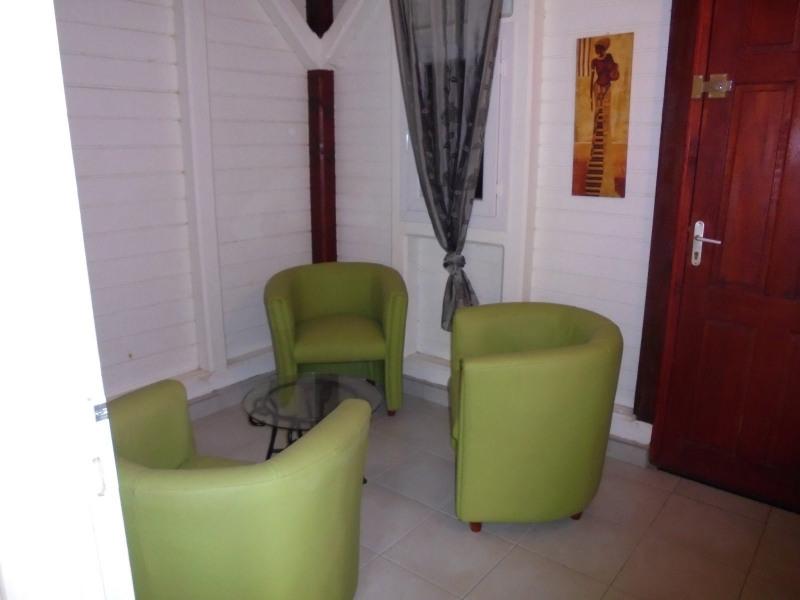 Rental house / villa Les abymes 750€ CC - Picture 5