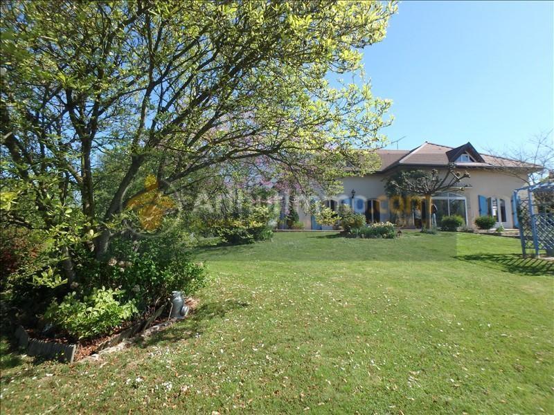 Vente maison / villa St etienne du bois 305000€ - Photo 2