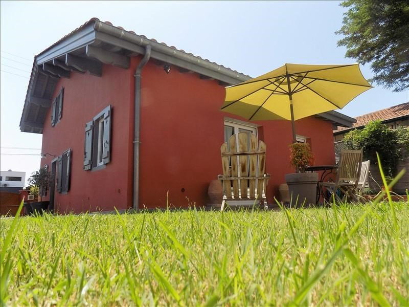 Deluxe sale house / villa Anglet 639000€ - Picture 1