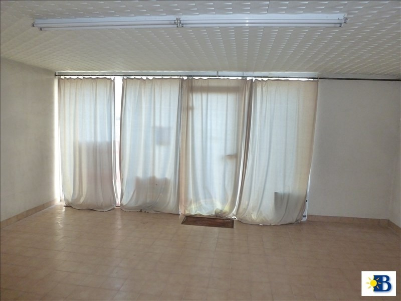 Location local commercial Chatellerault 750€ HT/HC - Photo 2