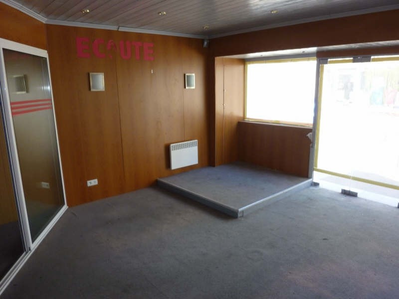 Location local commercial Ouistreham 412€ HT/HC - Photo 2