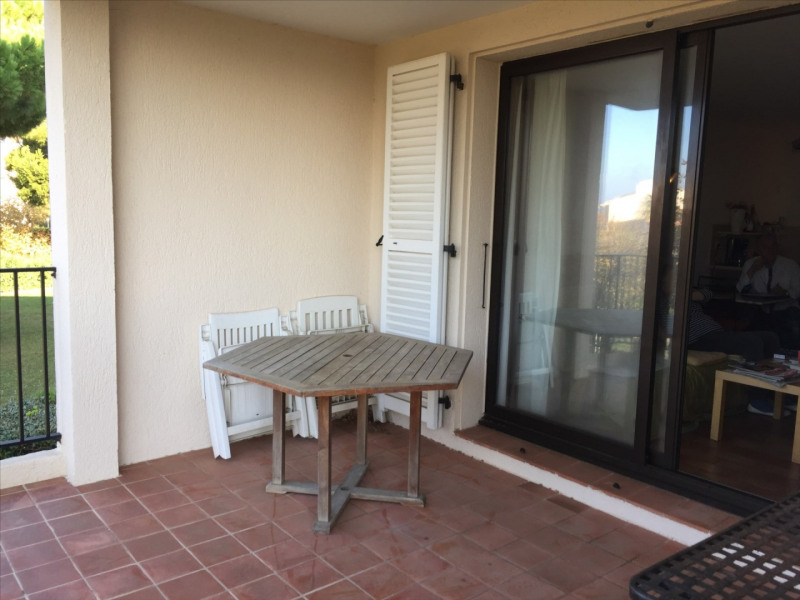 Vente appartement Six fours les plages 212 000€ - Photo 1