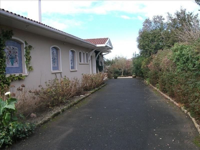 Deluxe sale house / villa St pee sur nivelle 660000€ - Picture 1