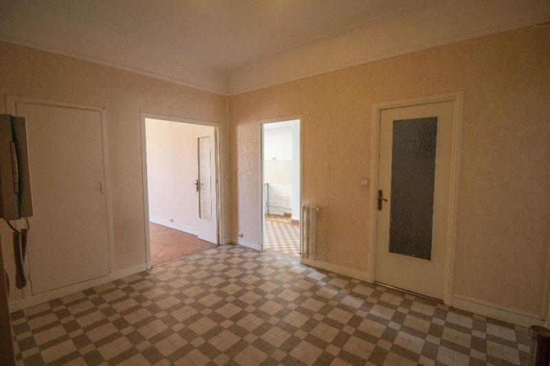Rental apartment Nice 835€ CC - Picture 3