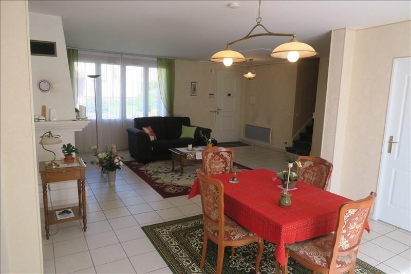 Vente maison / villa Voisins le bretonneux 749000€ - Photo 2