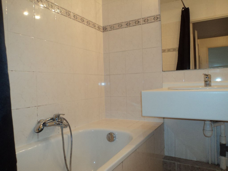 Rental apartment Menton 690€ CC - Picture 5
