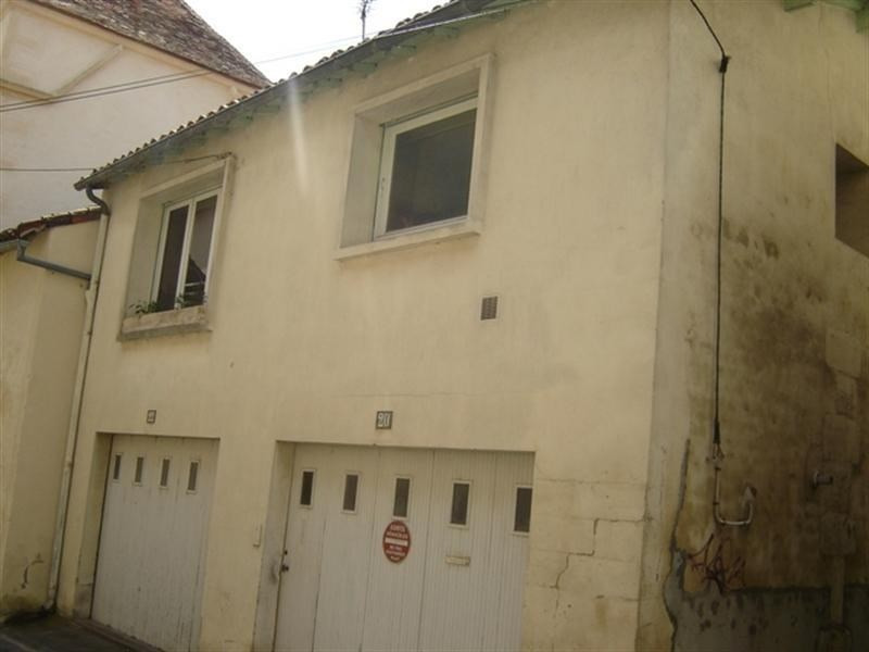 Rental apartment St jean d angely 380€ CC - Picture 1