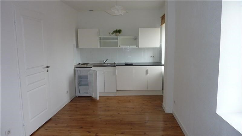 Rental apartment Roanne 297€ CC - Picture 1