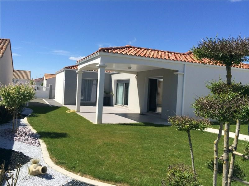 Deluxe sale house / villa St vincent sur jard 555000€ - Picture 1