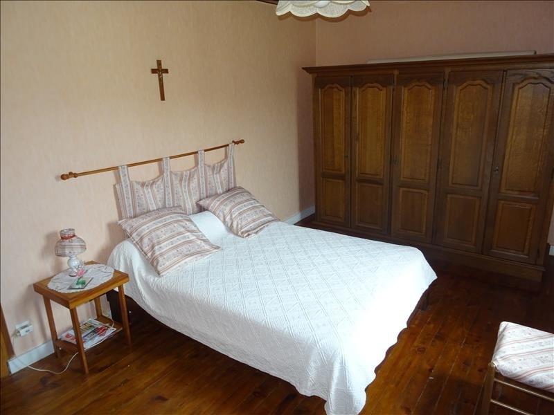Sale house / villa Eyzin pinet 225000€ - Picture 7