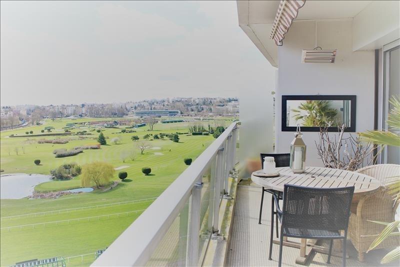 Sale apartment Saint-cloud 670000€ - Picture 1