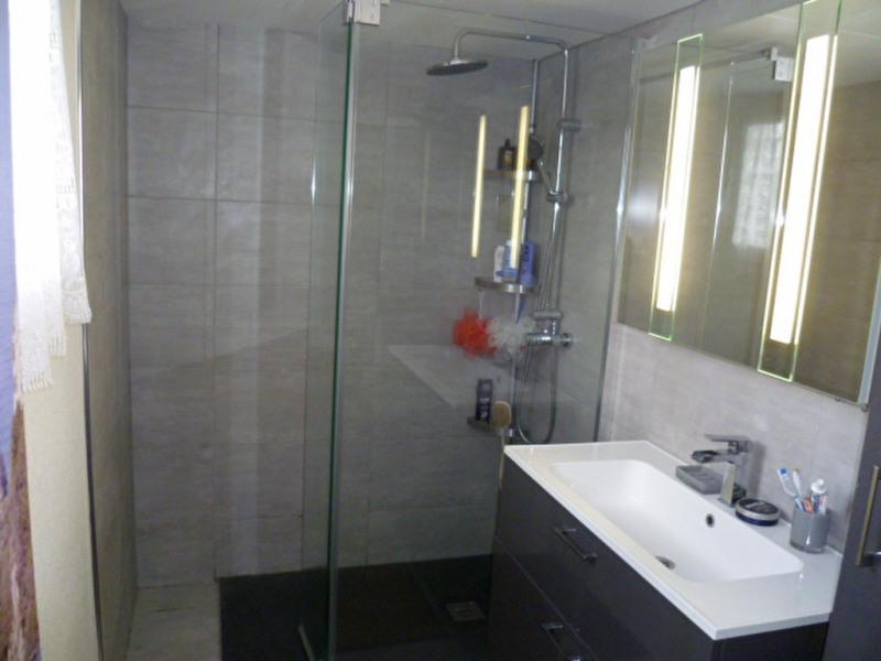 Sale house / villa Mouroux 190000€ - Picture 6