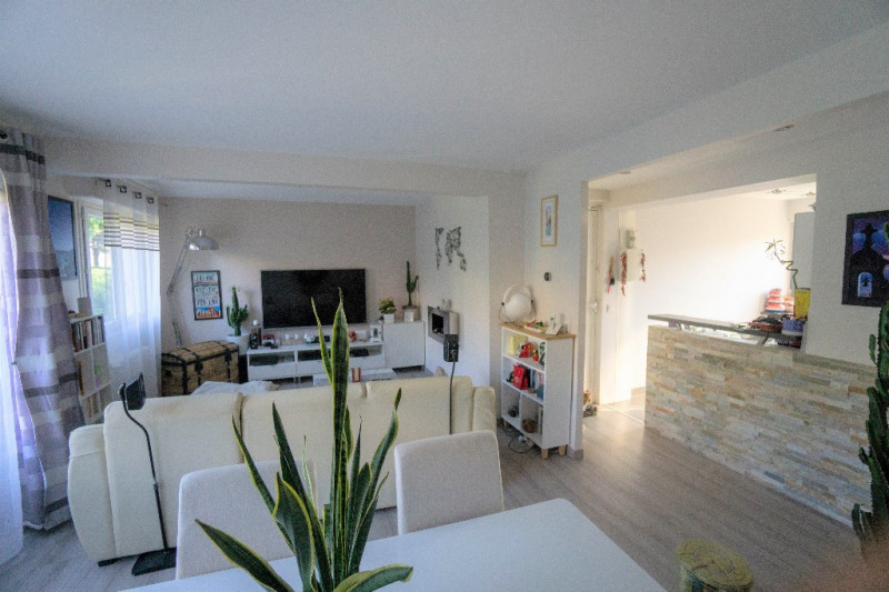 Deluxe sale apartment Conflans sainte honorine 235000€ - Picture 3