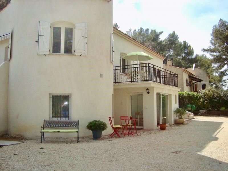 Vente maison / villa Simiane collongue 674 000€ - Photo 2