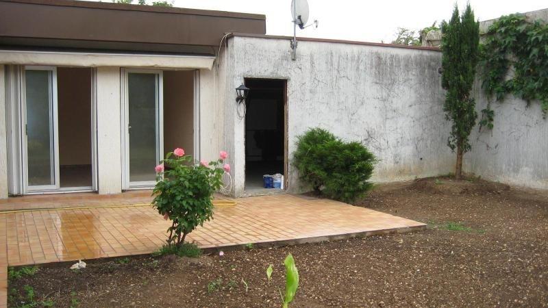 Location maison / villa Meyzieu 911€cc - Photo 8