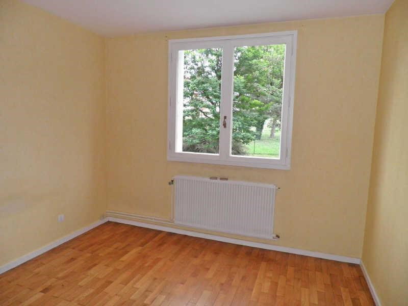 Rental apartment Brives charensac 461,75€ CC - Picture 2