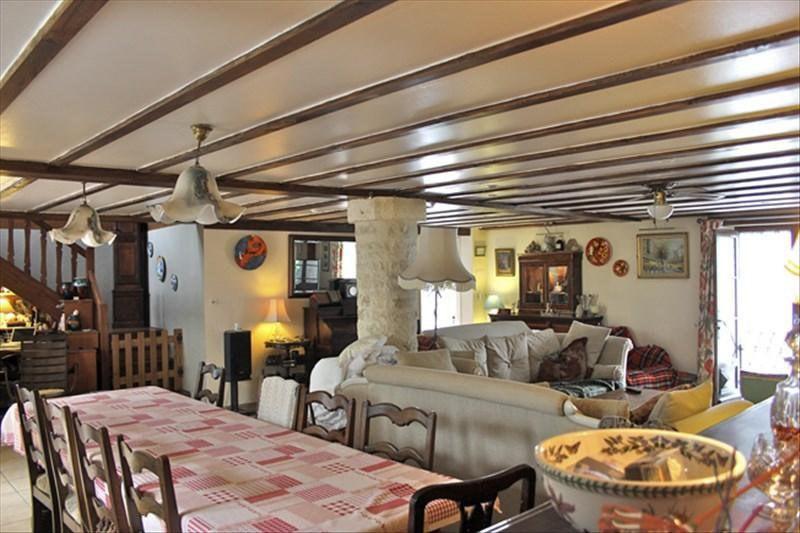 Vente maison / villa Aigre 414750€ - Photo 5