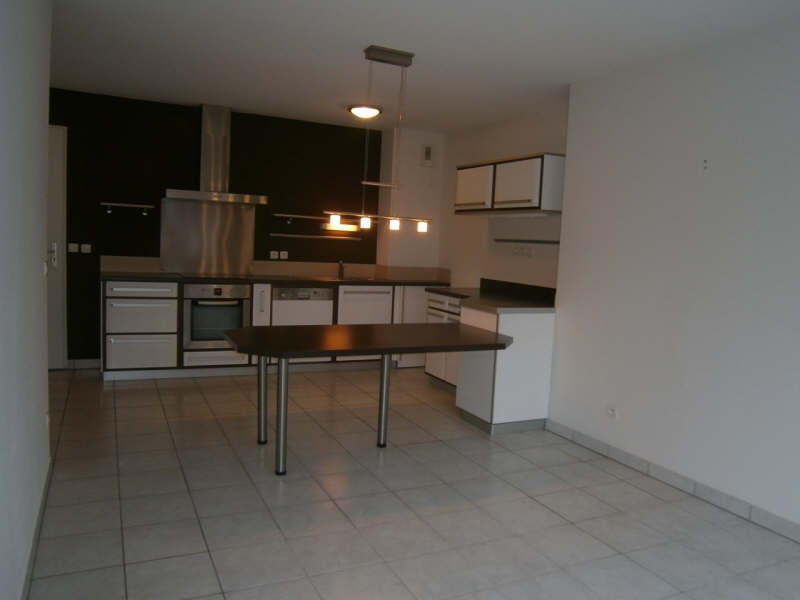 Rental apartment Bassens 644€ CC - Picture 3