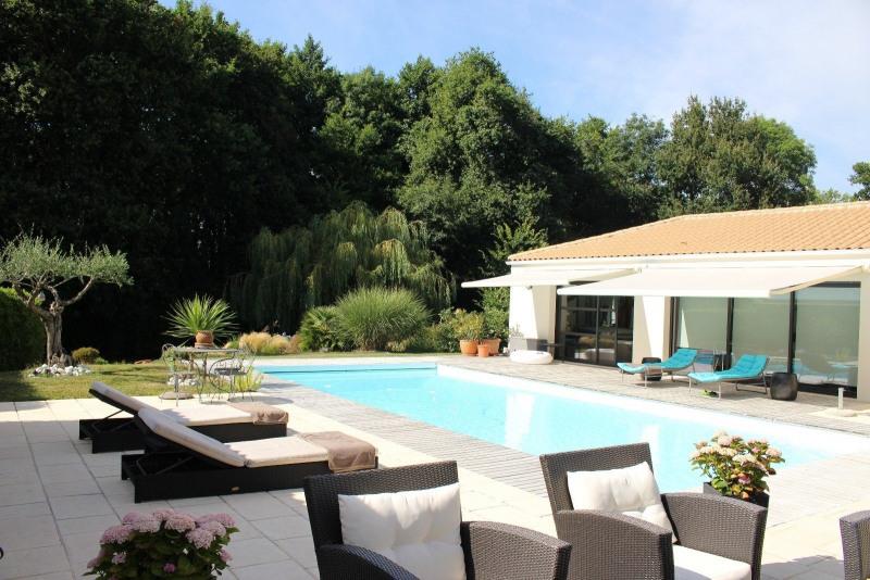 Vente de prestige maison / villa Vaire 654000€ - Photo 3