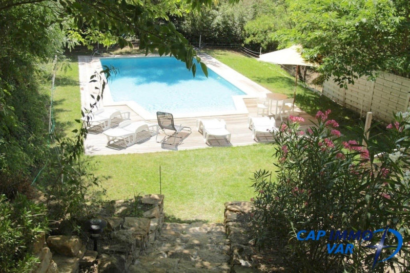 Deluxe sale house / villa Evenos 699 000€ - Picture 2