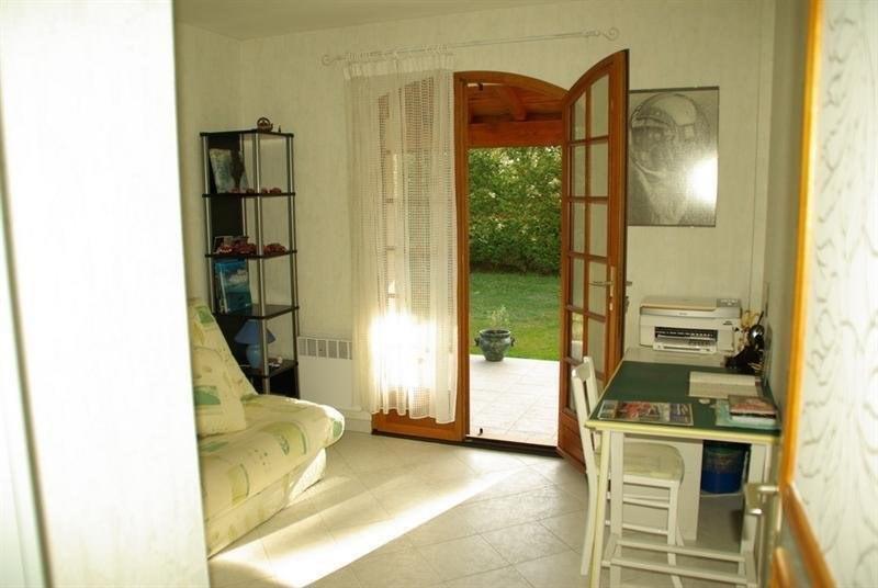 Sale house / villa Montlieu la garde 272000€ - Picture 6