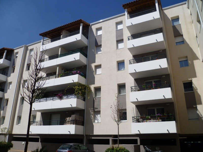 Rental apartment Sete 530€ CC - Picture 1