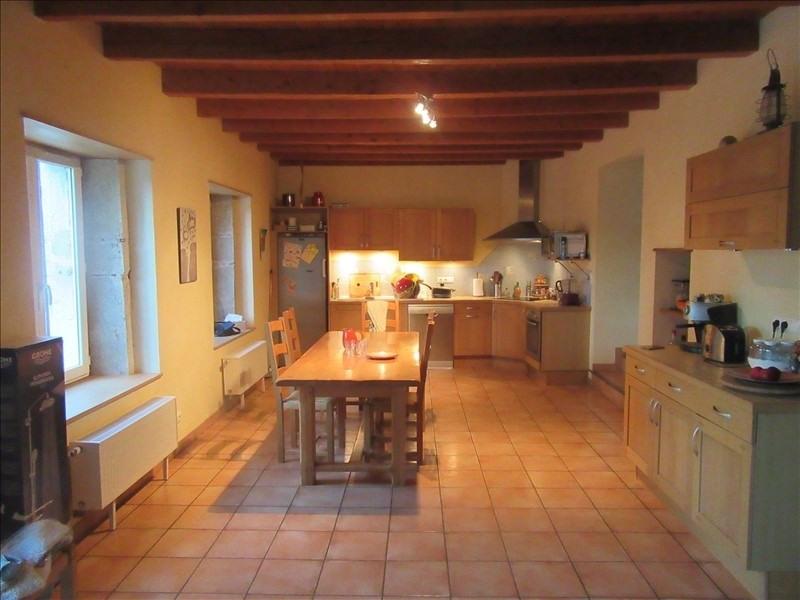 Sale house / villa Vieu d izenave 259000€ - Picture 2