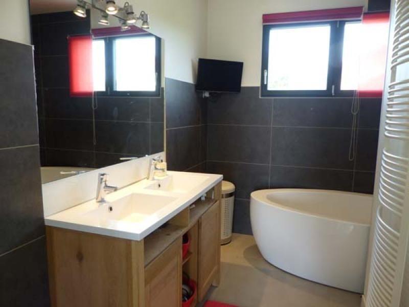 Deluxe sale house / villa Bourgoin jallieu 460000€ - Picture 5