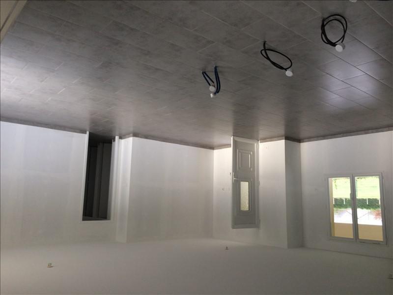 Sale house / villa St laurent des hommes 147000€ - Picture 6