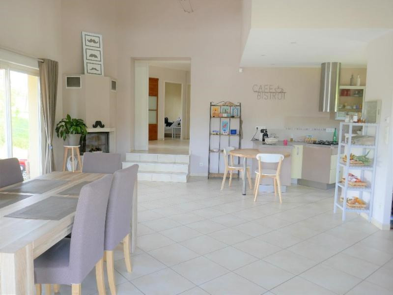 Sale house / villa Condamine la doye 280 000€ - Picture 5
