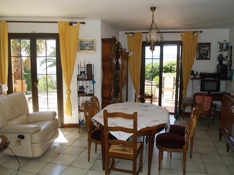 Sale house / villa Les issambres 988000€ - Picture 5