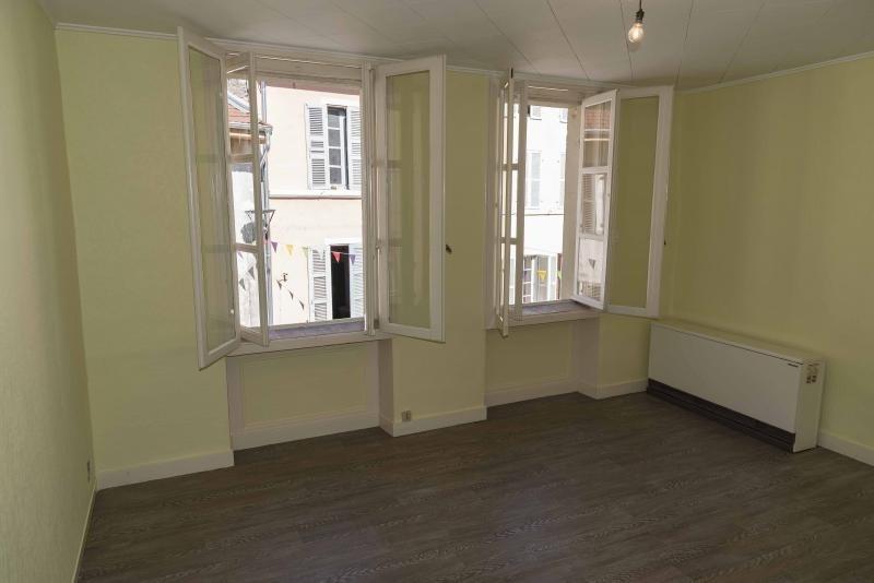 Rental apartment Nantua 310€ CC - Picture 2