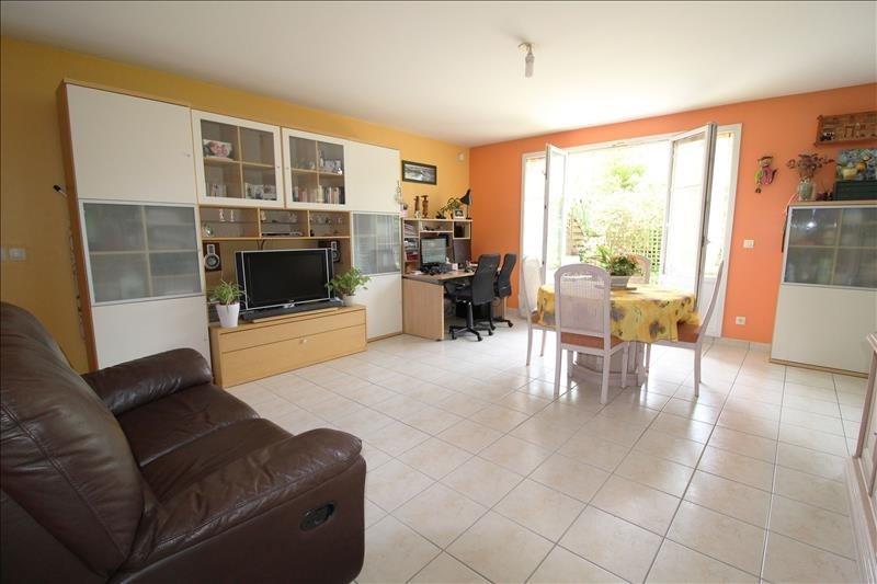 Sale house / villa Maurepas 356000€ - Picture 3