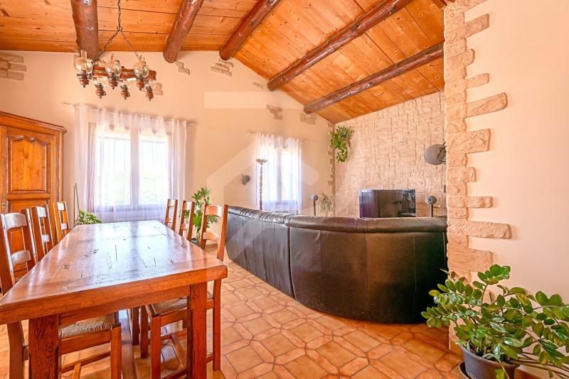 Sale house / villa Althen-des-paluds 377000€ - Picture 5