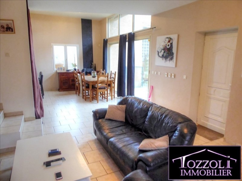 Sale house / villa Bonnefamille 265 000€ - Picture 2