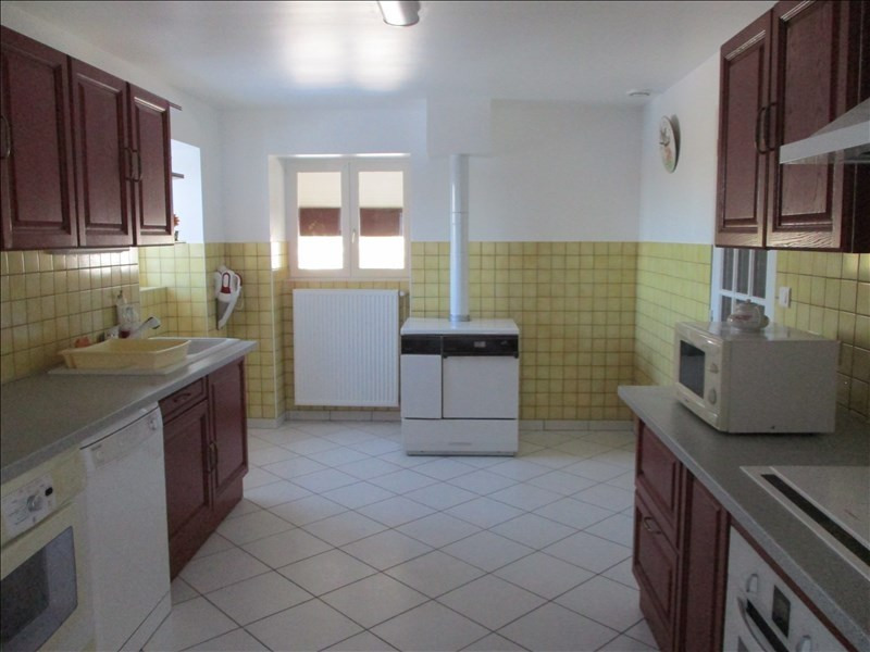 Sale house / villa Lalleyriat 235000€ - Picture 4