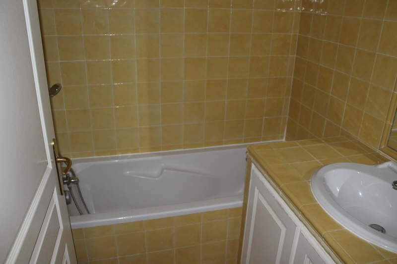 Sale apartment Belgentier 220000€ - Picture 7