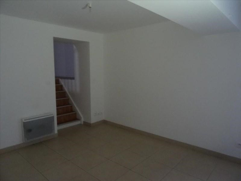 Rental apartment Neuilly en thelle 785€ CC - Picture 2