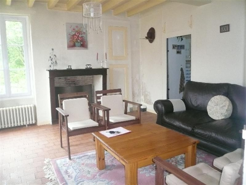Sale house / villa Savigny en sancerre 143000€ - Picture 3