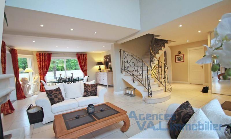 Revenda residencial de prestígio casa Santeny 835000€ - Fotografia 3